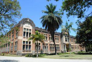 Universidad Nacional de Colombia sede Medellín. Energia por educación. Energía solar fotovoltaica.